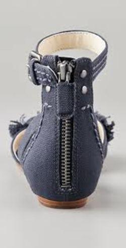 Vera Wang gray sandal